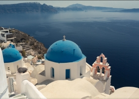​Discover the Santorini island by a car from Romani Car Rental with these beautiful summer destinations!